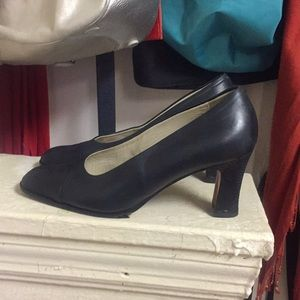 Bally Navy Blue Heels Size 38 US Size 8
